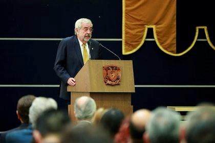 El rector de la UNAM anunció que hay una posibilidad de regresar a clases presenciales.